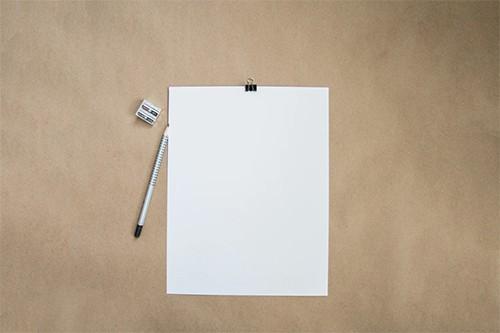 Por que el papel es blanco y el reciclado oscuro