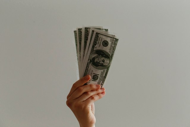 por que el dinero no te hace feliz